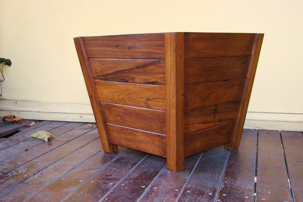 Accesorios de madera para jard n y exterior del arbol for Fabrica muebles exterior