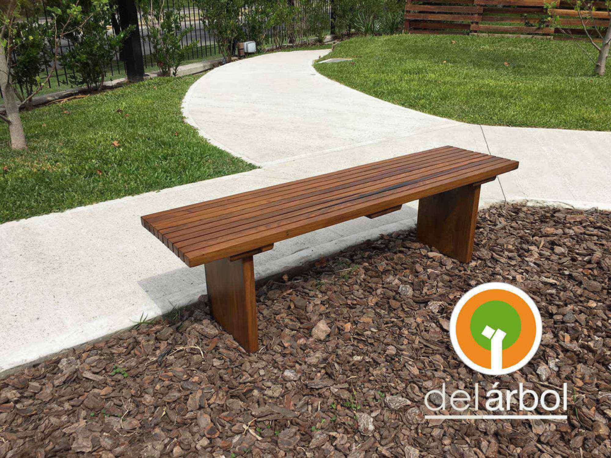 Banco de listones de madera para jard n y exterior del for Bancos de madera para interior baratos