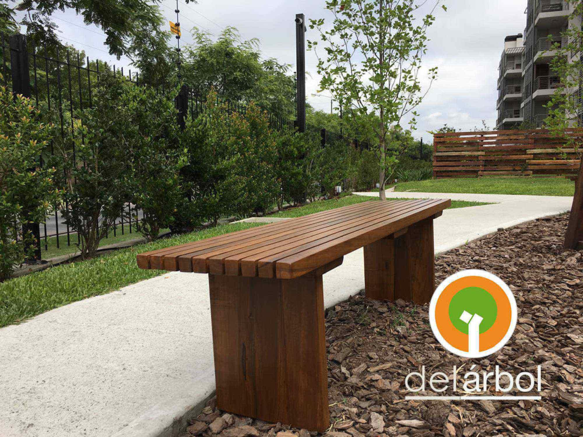 Banco de listones de madera para jard n y exterior del - Listones de madera para exterior ...