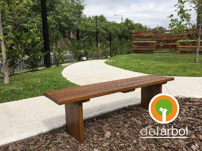 Banco de listones de madera para jard n y exterior del for Banco de madera para jardin